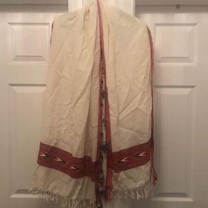 Woollen embroidered women scarf